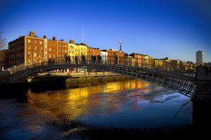 Ha'Penny-Bridge-Dublin